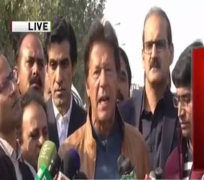 شاہد خاقان کٹھ پتلی وزیراعظم ،این آر او کیلئے عدلیہ پر دباﺅ ڈالا جارہاہے،عمران خان