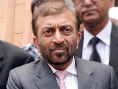 فاروق ستار نے رابطہ کمیٹی کے سامنے گھٹنے ٹیک دیے