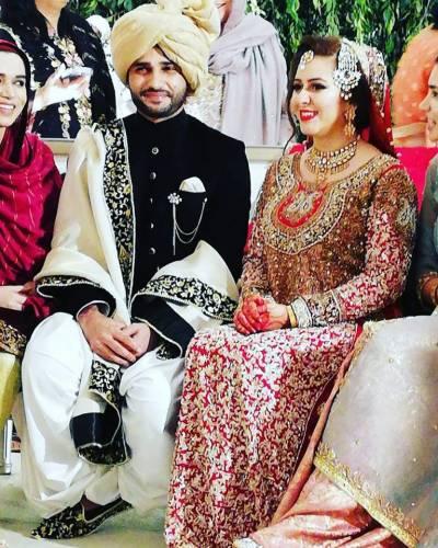 معروف اینکر رابعہ انعم کی شادی کی تصاویر وائرل