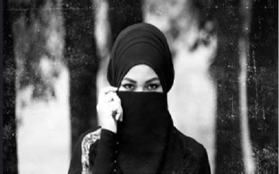 انڈونیشیا میں 2 اسلامی تعلیمی اداروں میں طالبات کو حجاب نہ کرنے کی ہدایات