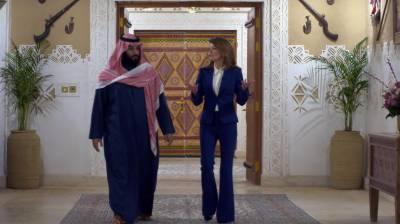 محمد بن سلمان نے سعودی عرب میں مرداورعورت ورکرزکی تنخواہیں برابررکھنے کااعلان کردیا