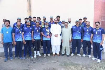 جلالپور بھٹیاں پریس کلب الیکٹرونک میڈیا ٹیم نے پرنٹ میڈیا ٹیم کو اہم میچ میں شکست دےدی