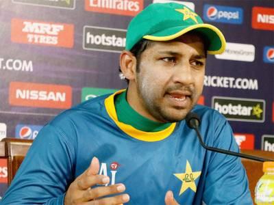 میچ جیتنے کا موقع خود ضائع کیا ، آخری گیند پر دو رنز بننے چاہئے تھے:سرفراز احمد