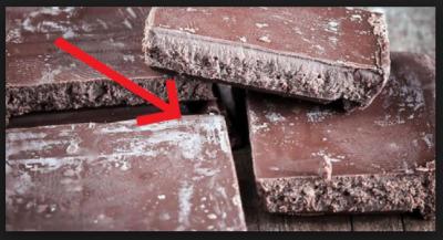 چاکلیٹ کھلی پڑی رہے تو سفید کیوں ہو جاتی ہے ؟ماہرین نے معمہ حل کر لیا