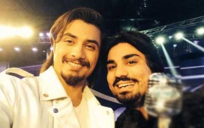 پاکستانی گلوکار زماد بیگ خوفناک حادثے کا شکار