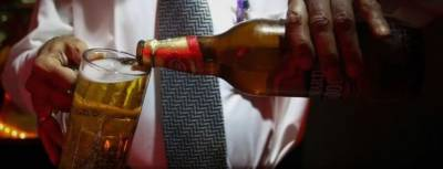 انڈونیشیا میں زہریلی شراب پینے سے اٹھائیس افراد ہلاک