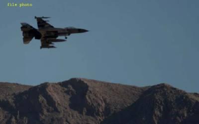 امریکا میں ایف 16 گر کر تباہ، پائلٹ سمیت 3 افراد ہلاک، تحقیقات شروع