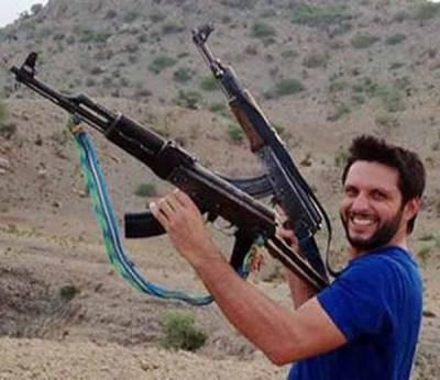 کشمیر سے متعلق اپنے بیان پر قائم،پاک فوج کا سپاہی ،آئی پی ایل پر لعنت بھیجتا ہوں:شاہد آفریدی