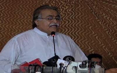 'جنوبی پنجاب محروم نہیں تو باہر سے آنے والوں کو لاہور کیوں دکھاتے ہیں'