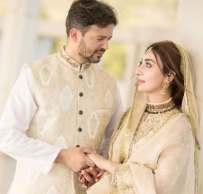 معروف سابق اداکارہ عائشہ خان کی میجر عقبہ کے ساتھ نکاح کی تصاویر سامنے آگئیں