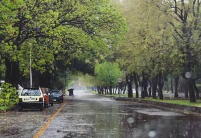 چاروں صوبوں کے مختلف علاقوں میں برسنے والی بارش سے موسم خوشگوار