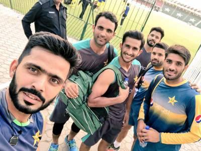 ٹیم کی کوششوں اور اللہ کے حکم سے پاکستان کامیاب ہوگا،فواد عالم کی منتخب سکواڈ کو مبارکباد