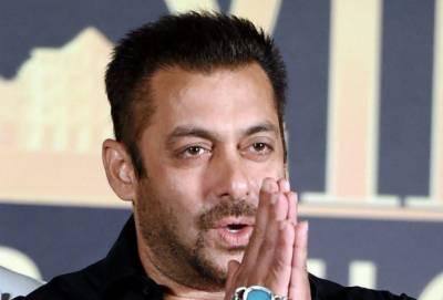 """سلمان خان کی سزا نے """"ریس تھری """" کی شوٹنگ کو بھارت تک محدود کر دیا"""