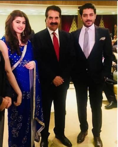 سابق آرمی چیف راحیل شریف کی اداکار گوہر ممتاز و انعم گوہر کے ساتھ تصویر سامنے آگئی