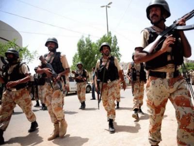 کراچی : رینجرز کی مختلف علاقوں میں کارروائیاں ، دہشتگردی کی بڑی کوشش کو ناکام بنا دیا