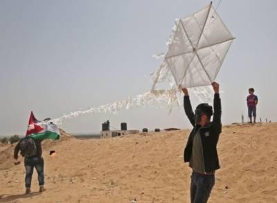 فلسطینیوں نے اسرائیلی فوج کیخلاف مظاہروں میں انوکھا ہتھیار متعارف کرا دیا