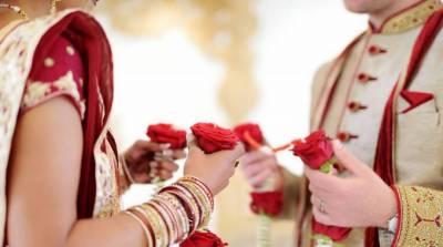 دلہن کی شادی کی سٹیج پر ایسی حرکت کہ دولہا کے پاﺅں تلے زمین نکل گئی