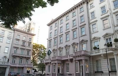 صاحبزادہ احمد برطانیہ میں نئے ہائی کمشنر کے طور پر ذمہ داریاں سنبھالیں گے