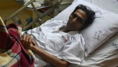 سابق ہاکی اولمپیئن منصور احمد نے پاکستان میں دل کا آپریشن کرانے سے انکار کردیا