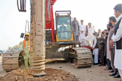 پشاور میٹرو بس منصوبے کے سی ای او کی برطرفی کے بعد پروجیکٹ افسران مستعفی