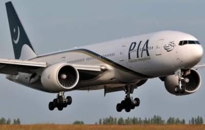 پی آئی اے کی نااہلی کے باعث ہزاروں مسافر دبئی میں پھنس گئے