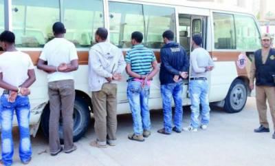 سعودی عرب، بینکوں میں ڈاکہ ڈالنے والا 6 رکنی گروہ گرفتار