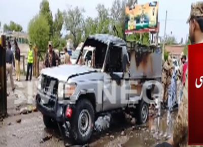نوشہرہ میں کچہری چوک کے قریب دھماکہ ،3افراد جاں بحق، 8زخمی