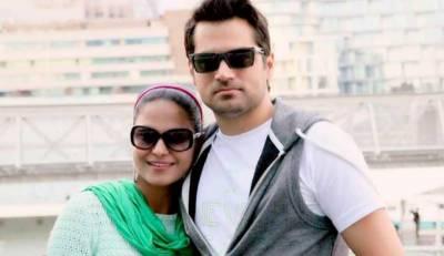 وینا ملک نے اپنے شوہر اسد خٹک سے خلع لے لی