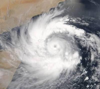 موسمیاتی ماہرین نے سمندری طوفان مکونو شدت سے سلطنت اومان سے ٹکرانے کی پیشگوئی کردی