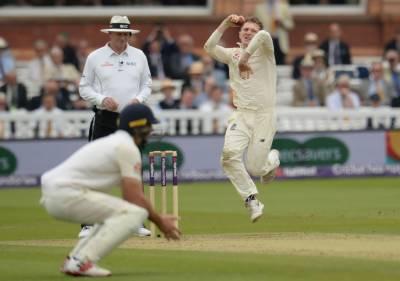 لارڈز ٹیسٹ کے دوسرے روز انگلینڈ ٹیم کی ناقص فیلڈنگ ، پانچ کیچ ڈراپ کر دیئے