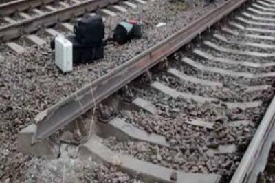 حیدرآباد کے علاقے سحرش نگر کے قریب ریلوے ٹریک پر 2دھماکے