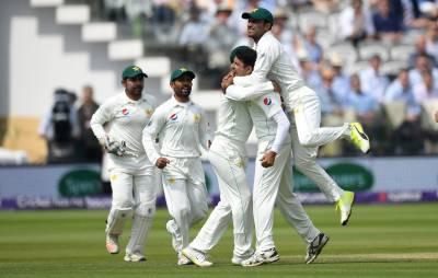انگلینڈ دوسری اننگز میں 242 پر آﺅٹ،پاکستان کو جیت کیلئے صرف64 رنز درکار