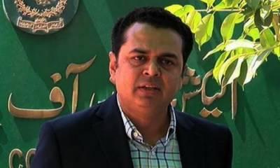 کچھ عناصر 'کنٹرولڈ جمہوریت' اور 'کنٹرولڈ لیڈرشپ' چاہتے ہیں: طلال چوہدری