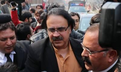 معروف اینکر پرسن ڈاکٹر شاہد مسعود کے ناقابل ضمانت وارنٹ گرفتاری جاری