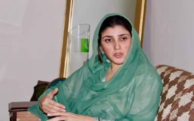 عائشہ گلالئی کا پرویز خٹک کے مدمقابل الیکشن لڑنے کا اعلان