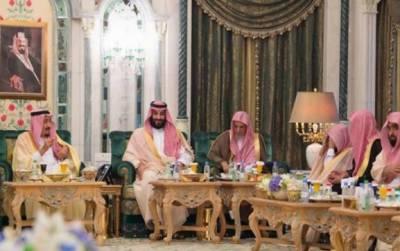 مسجد حرام کے آئمہ، علما اور وزیر حج کی شاہ سلمان سے ملاقات