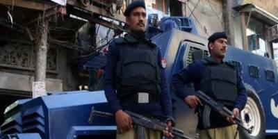 کراچی میں پولیس کی مبینہ فائرنگ سے طالب علم جاں بحق