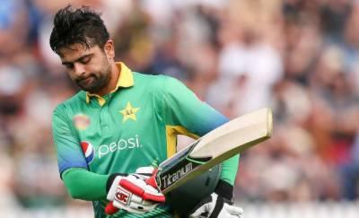 احمد شہزاد ایک بار پھر قومی ٹیم پر بوجھ محسوس ہونے لگے