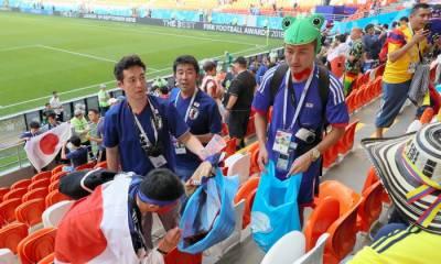 جاپانی شائقین نے فٹ بال ورلڈ کپ کے دوران انوکھی روایت قائم کر دی