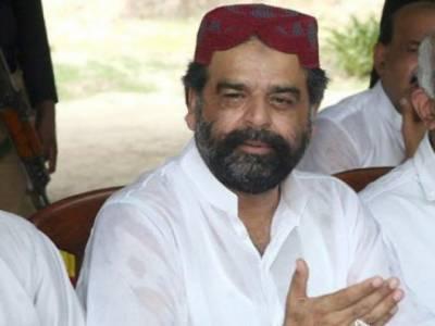 تحریک انصاف نے سکندر بوسن سے ٹکٹ واپس لے لیا