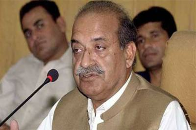 (ن) لیگی رہنما سردار مہتاب عباسی کا رشتہ داروں سمیت الیکشن سے دست برداری کا اعلان