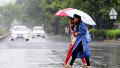 آئندہ چوبیس گھنٹوں کے دوران لاہور سمیت مختلف شہروں میں بارش کا امکان