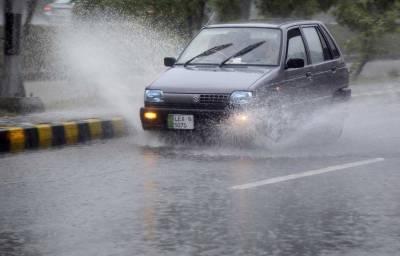 لاہور سمیت پنجاب کے مختلف شہروں میں وقفے وقفے سے بارش جاری