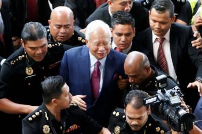 ملائیشیا کے سابق وزیراعظم نجیب رزاق پر فرد جرم عائد