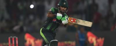 سہ ملکی ٹی 20سیریز : پاکستان نے آسٹریلیا کو جیتنے کے لئے 195رنز کا ہدف دیدیا