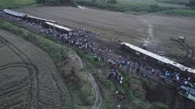 ترکی، مسافر ٹرین کی 6 بوگیاں پٹری سے اتر گئیں، 24 افراد ہلاک