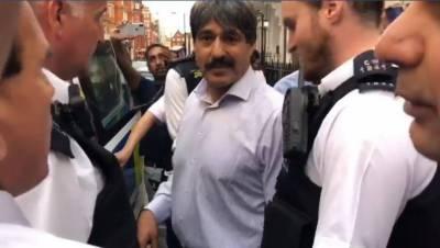 ایون فیلڈ اپارٹمنٹس کے باہر احتجاج، تلخ کلامی پر ناصر بٹ گرفتار