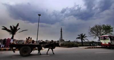 اسلام آباد، لاہور سمیت پنجاب کے مختلف شہروں میں بارش سے موسم خوشگوار
