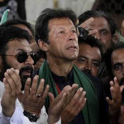 عمران خان کی نواز شریف کی جلد صحت یابی کیلئے دعا