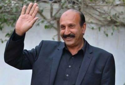 شاہد خاقان عباسی کو ایک اور جھٹکا، حمایت یافتہ امیدوار بھی تحریک انصاف میں شامل